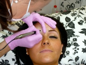 How to get perfect permanent brows with Ultra Brow Lift Technology