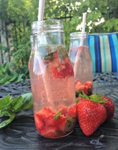 Smashed Summer Lemonade with strawberries and Sodastream Free Fresh Lemonade