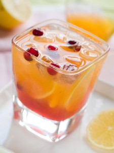 Fruity Cocktail Recipe - Sparkling Cranberry Mimosa