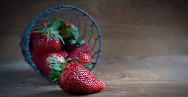 The 6 Foods That Can Save Your Skin from Sun Damage