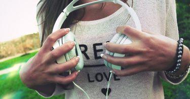 8 Hot Audio Books from Fantastic Female Authors