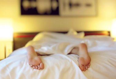 Beauty Sleep: How to Deal With Daylight Savings Time