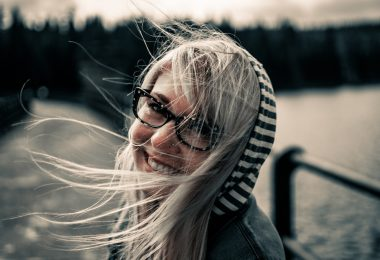 Smile- 5 Simple Ways to Feel Happy Every Day