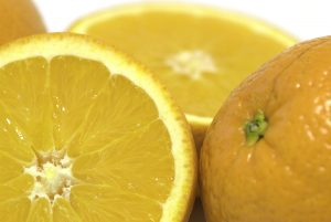 Essential Spring Cleaning Tips: Use a lemon to clean the microwave