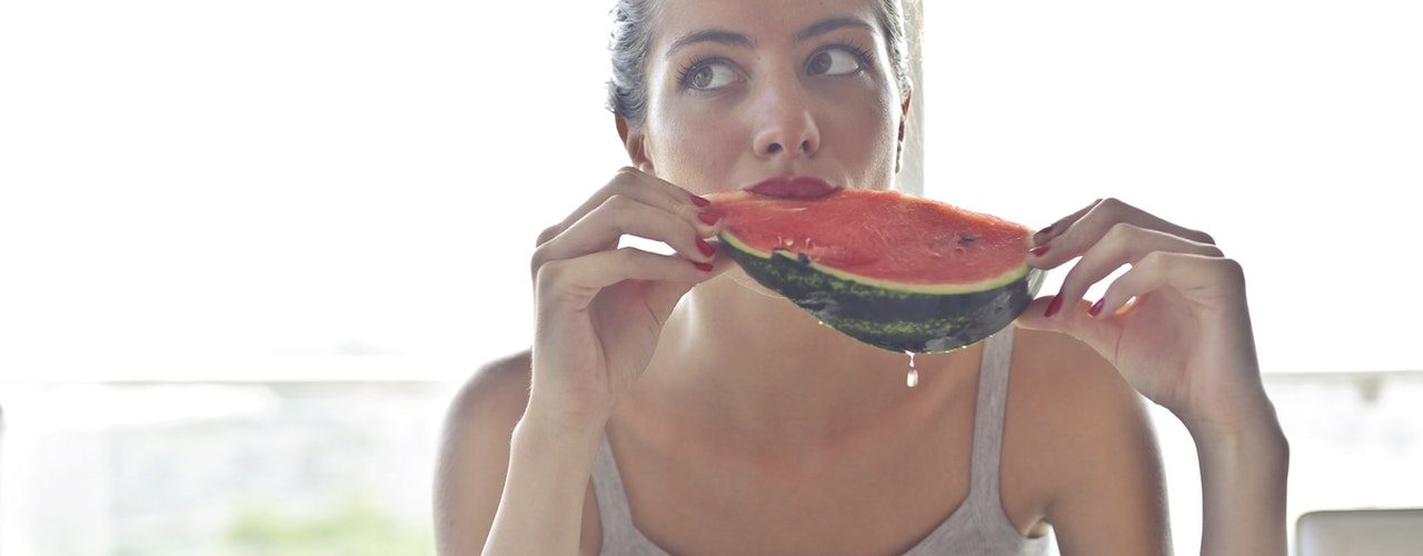 Summer Cheat Sheet: The 7 Best Foods for Avoiding Dehydration